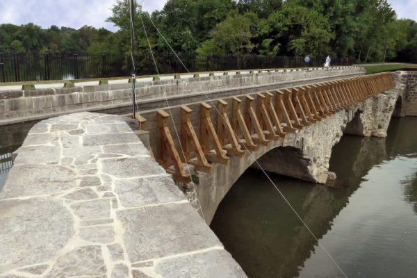 Conococheague Aqueduct berm side